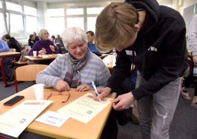 """LdE Projekt """"Handyführerschein für Senioren"""""""